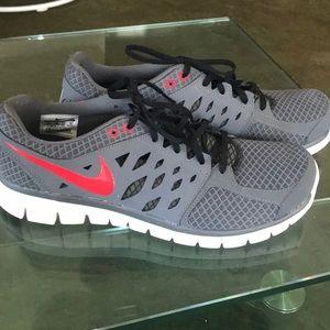 Men's Nike Flex Run Sneakers